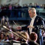 これなら振れる!指揮者の私が四拍子から変拍子まで振り方のコツを伝授!