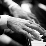 シューマン 「アラベスクハ長調op.18」カッコよく弾ける弾き方のコツと難易度!~無料楽譜