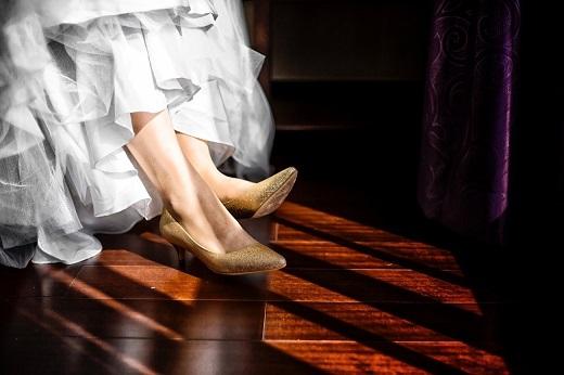ドレスを着慣れていないのなら着て歩く練習をしておこう