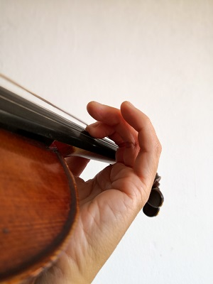 バイオリン、指のビブラート練習2