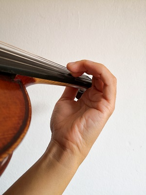 バイオリン、手首のビブラート練習1