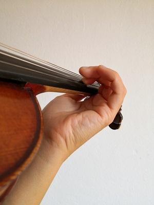 バイオリン、手首のビブラート練習2