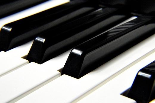ピアノでチューニング